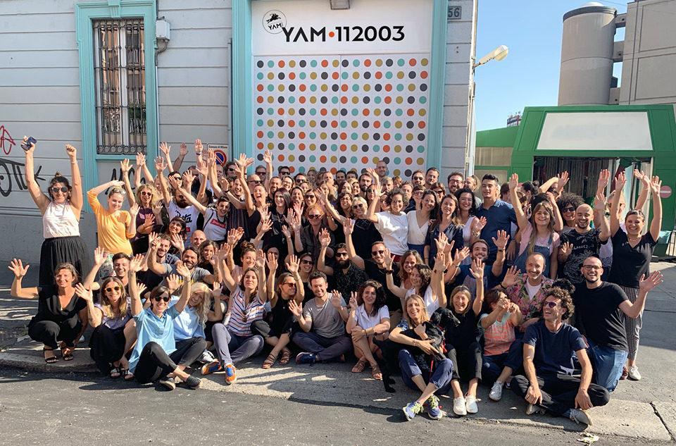 YAM112003 FOTO DI GRUPPO